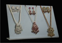 Jewelry display (Code: DCJ049)